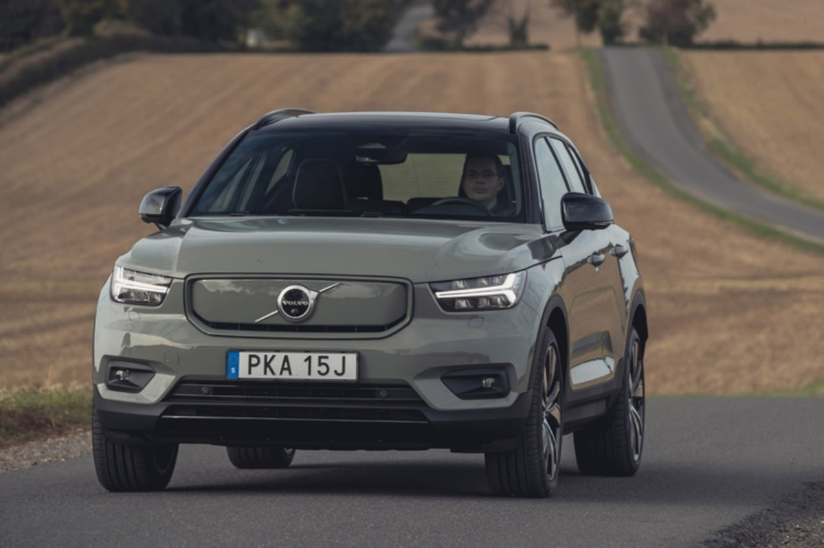 Volvo XC40 Recharge P8 2021 UK review | Autocar